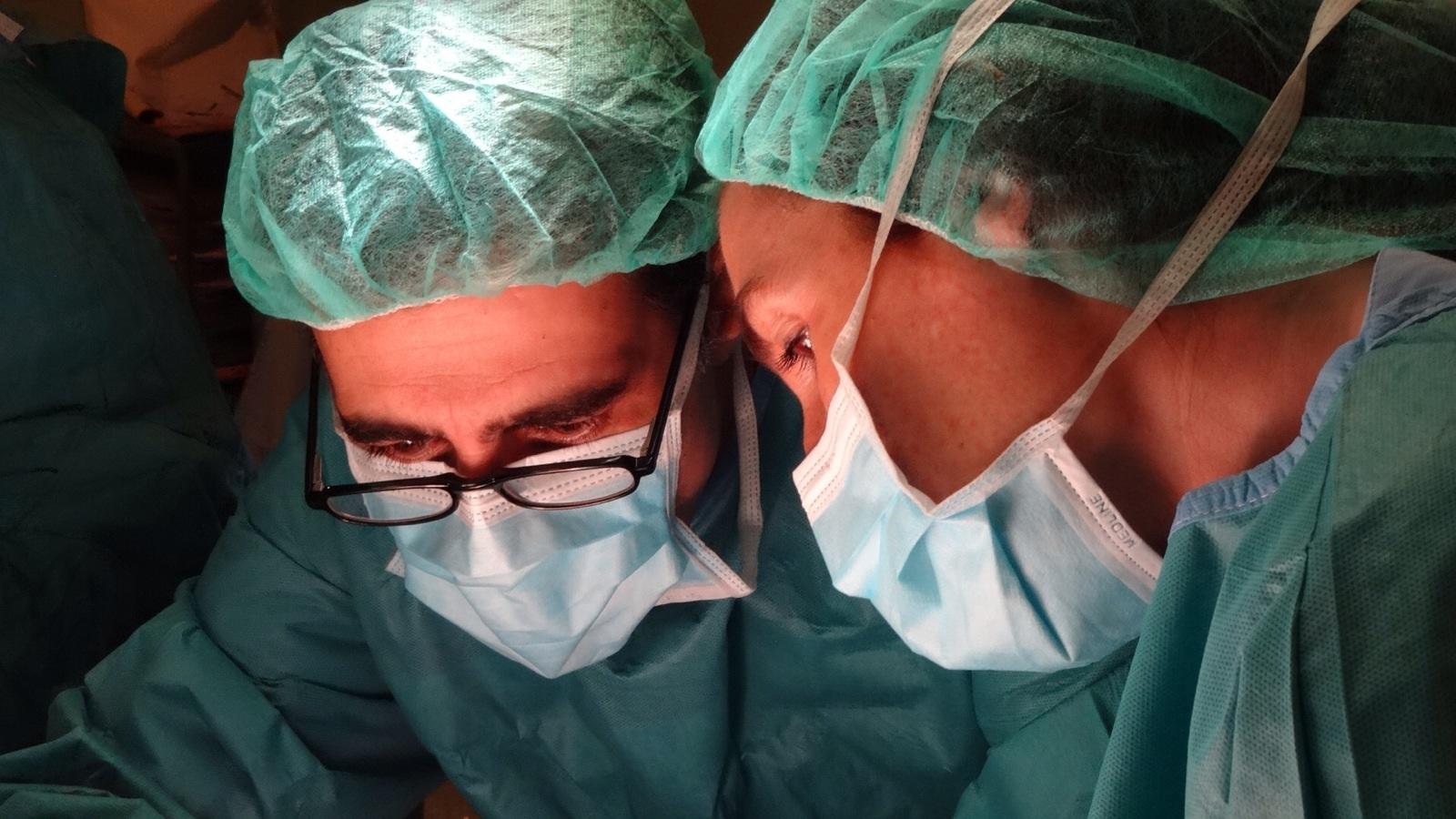 cirujano especialista en mama